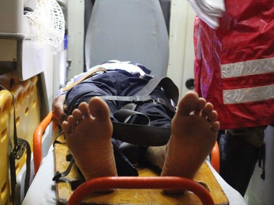 Motociclista fica ferido ao ser atingido por caminhonete em Nova Andradina