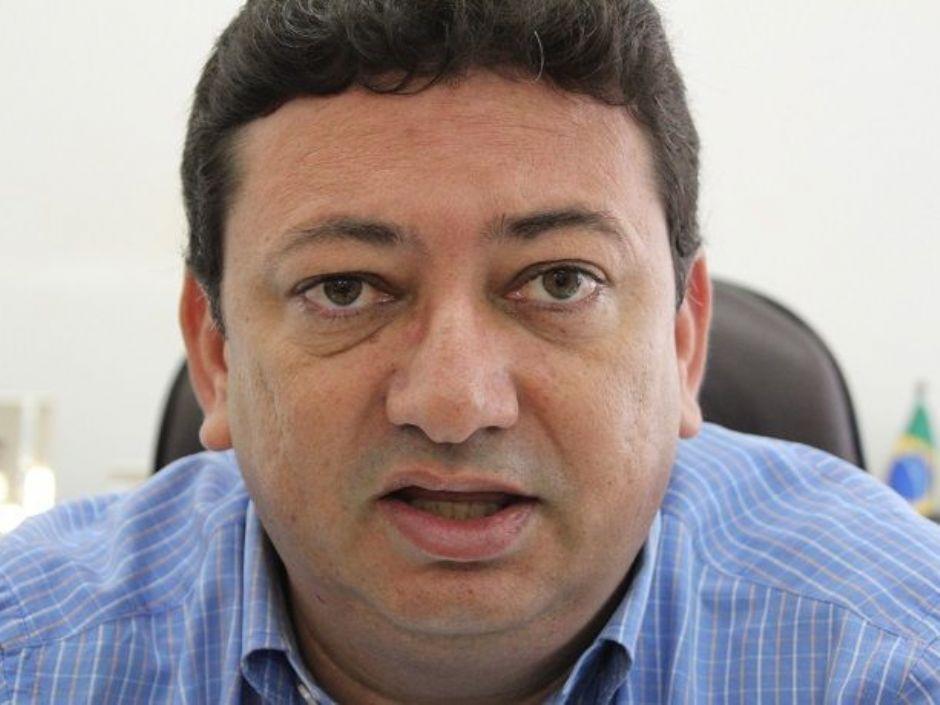 Oposição articula indeferimento de candidatura de prefeito, que recorre da decisão