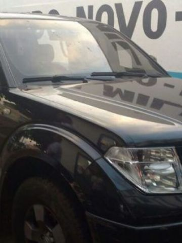 Caminhonete foi roubada em Londrina (PR)