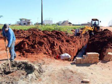 Drenagem deve ser realizada para posteriormente iniciar obra de asfalto