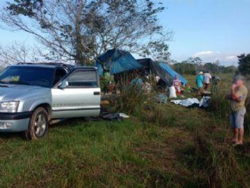 Acampamento às margens do rio Bahia em Batayporã