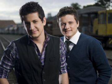 André e Felipe lançam novo álbum pela Sony Music