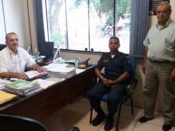 Comando da PM de Nova Andradina em visita o secretário municipal