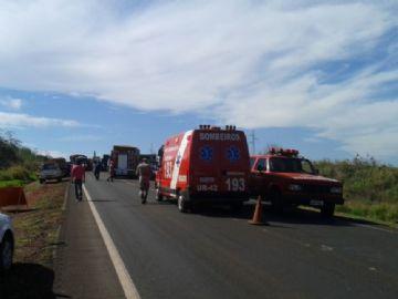 Motociclista morre em acidente após bater em carro parado na BR-163