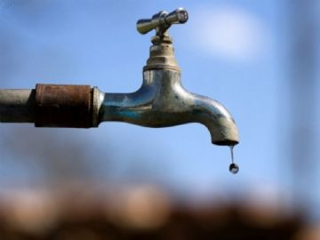 Dr. Sandro questiona regulamentação de lei sobre redução de consumo de água