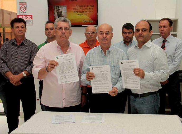 Prefeitura assina convênio entre município e Fundação Pio XII - Hospital de Câncer de Barretos