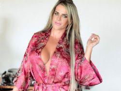 Denise Rocha exibe arsenal de beleza no Paparazzo: 26 pílulas por dia