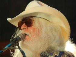 Leon Russell, músico country, morre aos 74 anos em Nashville