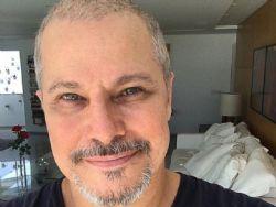 Edson Celulari agradece recuperação em luta contra câncer: ''Graça recebida''
