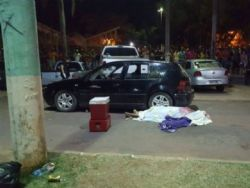 Jovem foi morto na rua