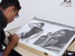 José Augusto desenhista realista retrata artistas internacionais