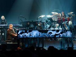 Elton John faz musical de O Diabo Veste Prada