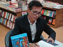 Livro relembra trajetória de importante personalidade da literatura regional