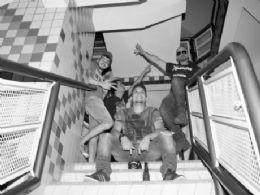 Banda All In mescla rock e música eletrônica para conquistar Nova Andradina e região