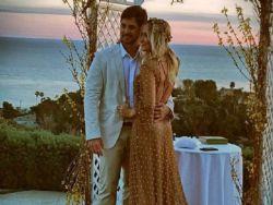 Claudia Leitte renova os votos de casamento com Márcio Pedreira