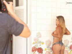 Tiririca aprova fotos da mulher e diz que a incentivou: ''Tem que fazer''