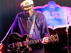 Chuck Berry, lenda do rock, morre aos 90 anos