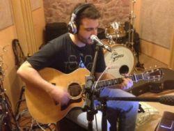 ''Banda Killver marcou uma geração'', diz o vocalista Pedro Trotta Molinari